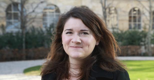 Mélanie Mâge - Consultante experte en Search Marketing - IONISx